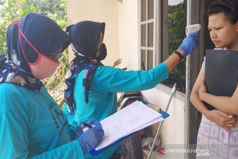 Warga Karawang diajak gunakan hak pilih sesuai dengan protokol kesehatan