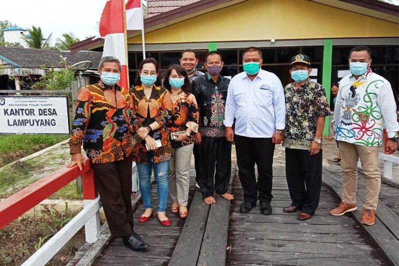 Komisi II DPRD Kalteng terima aspirasi penambak udang di Kotim
