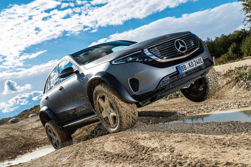 """Mercedes-Benz rilis  mobil listrik """"off-road"""" EQC"""