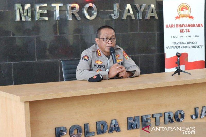 Dua artis dan mucikarinya diamankan polisi karena terlibat prostitusi daring
