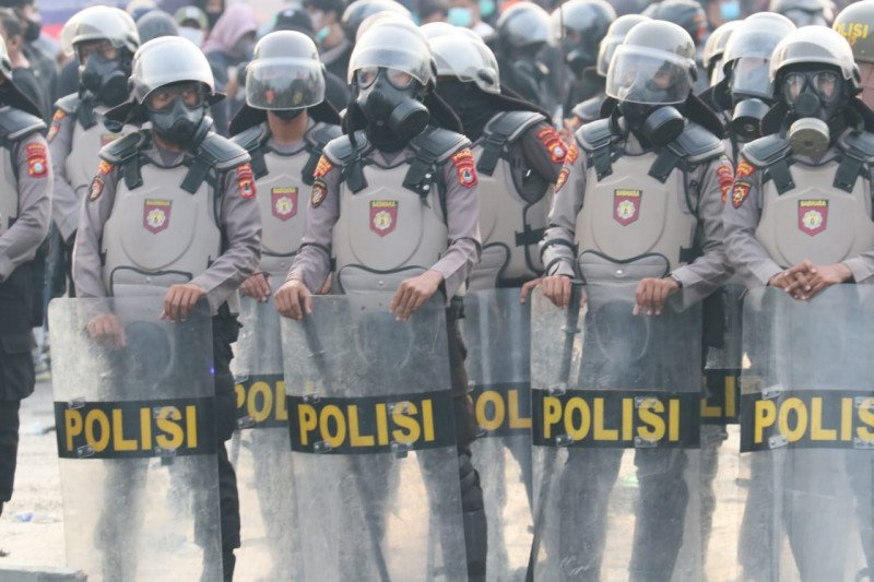 Polda Sulsel siagakan ribuan personel  amankan unjuk rasa setahun Jokowi-Ma'ruf