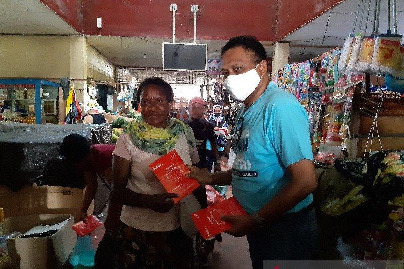 Satgas Bencana BUMN Papua bagikan 5.000 masker gratis