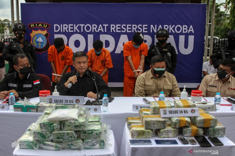 Bawa sabu  16 kg, oknum perwira Polda  ditangkap