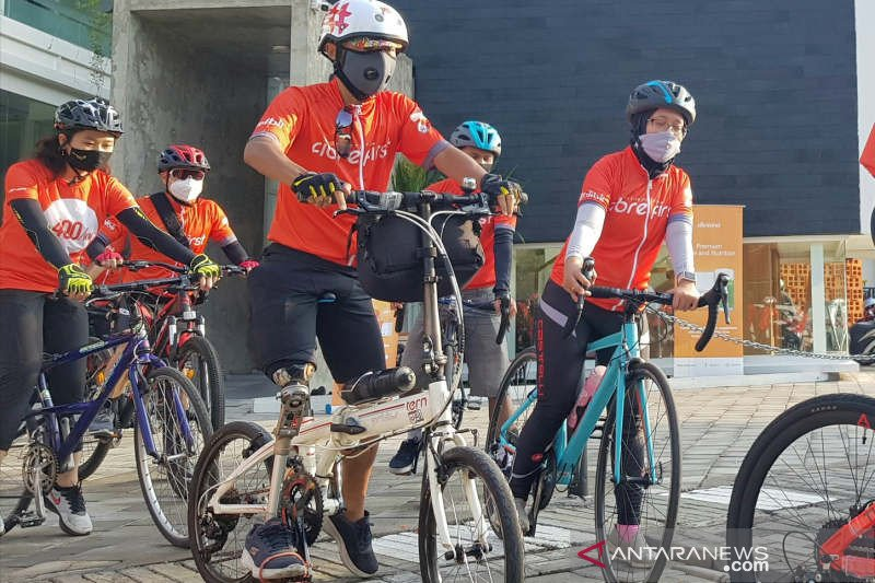 Bersepeda sambil berdonasi FibreFirst Cycling 2020 singgahi Kota Semarang