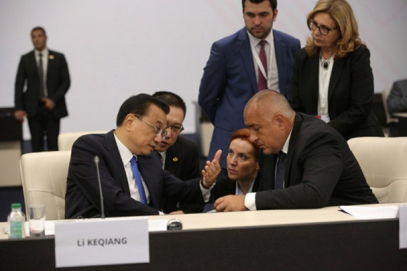 PM Bulgaria dan tiga menteri akan jalani isolasi COVID-19