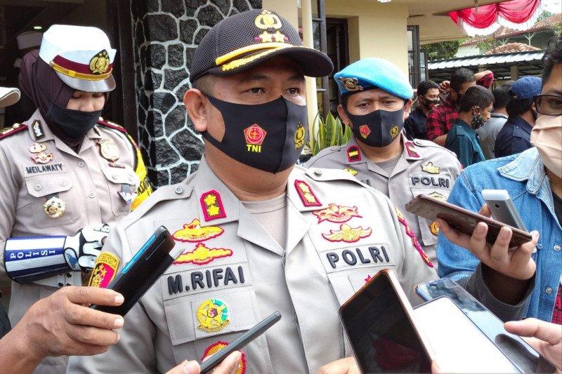 Polres Cianjur proses hukum pendaki gunung berfoto bugil