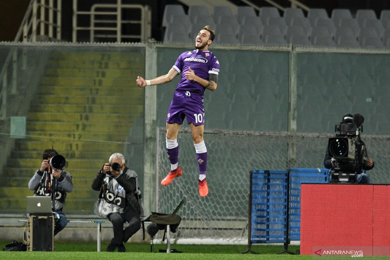 Dwigol Castrovilli mengamankan kemenangan 3-2 Fiorentina atas Udinese