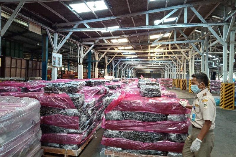 Ekspor karet lempengan asal Bintan tembus pasar Belanda dan Perancis