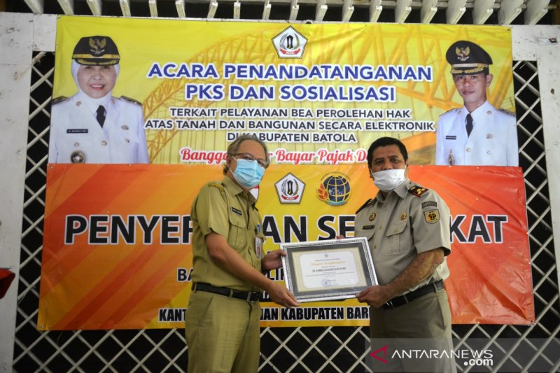 BPN hands over 750 Batola