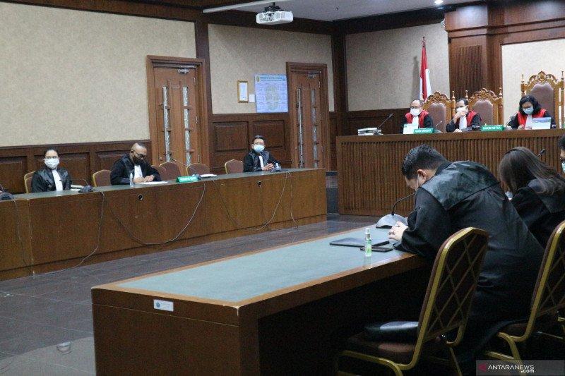 Hakim wajibkan Benny Tjokro membayar uang pengganti Rp6,078 triliun