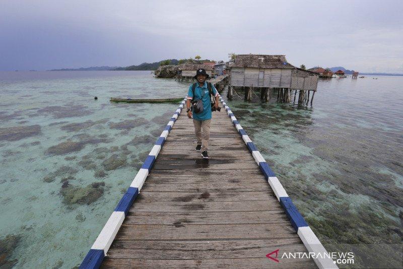BTNKT siagakan personil  awasi pengunjung objek wisata Kepulauan Togean