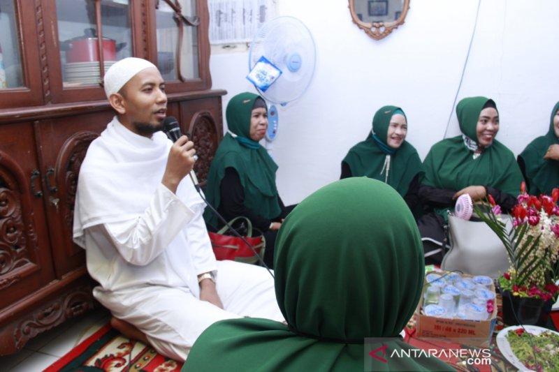 Ustadz Mushaffa Zakir ikut meriahkan Maulid Nabi bersama warga Sungai Andai