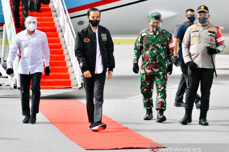 Presiden Jokowi meninjau lumbung pangan di Sumatera Utara