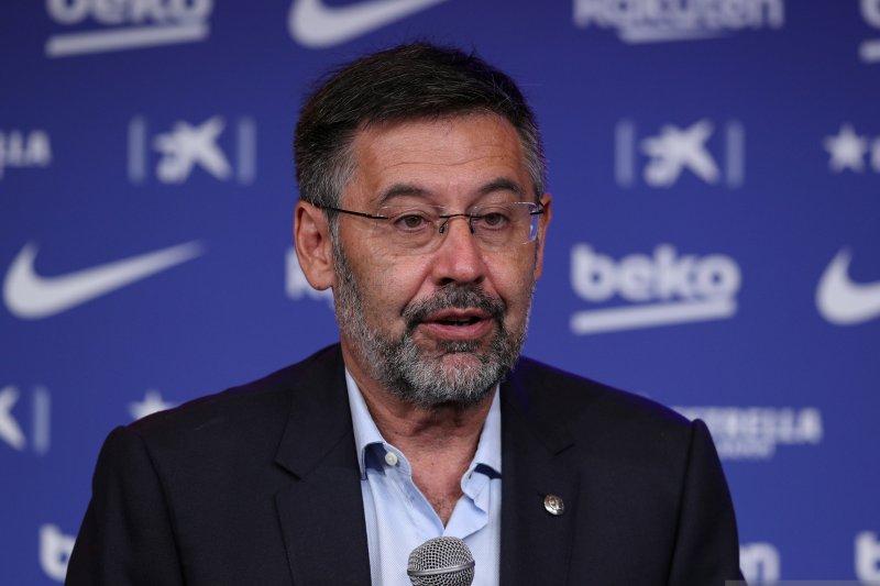 Presiden Barcelona Josep Maria Bartomeu resmi mengundurkan diri