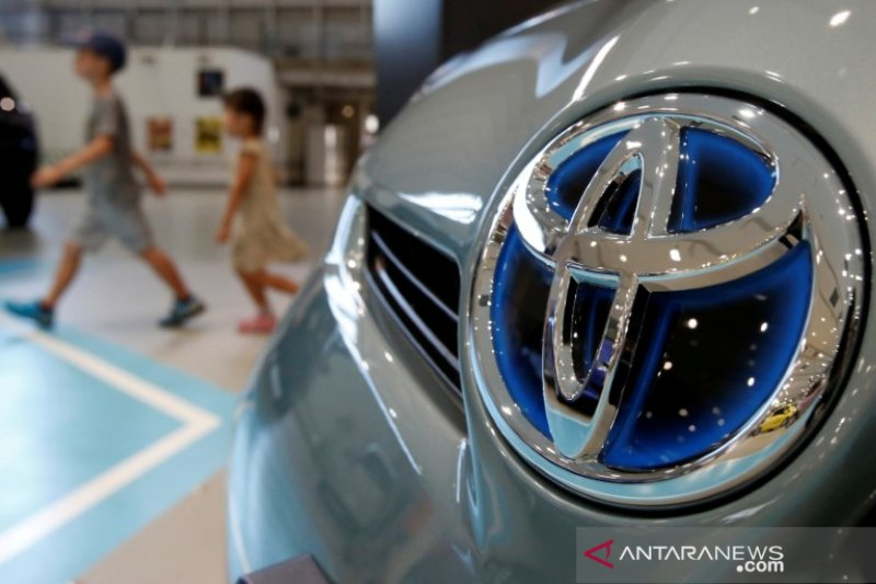 Toyota tarik 5,84 juta mobil karena masalah pompa bensin