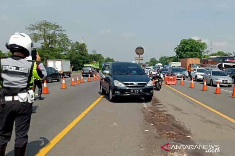 Jasa Marga rekayasa lawan arah Tol Jakarta-Cikampek