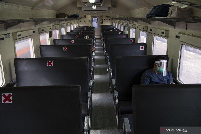 Rapid Test H-1 Keberangkatan Bagi Penumpang Kereta Api