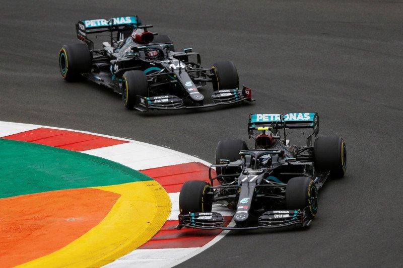 Mercedes siap kunci titel juara dunia konstruktor ketujuh di Imola