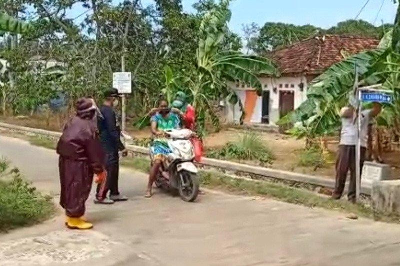 Satgas Jogo Tonggo Karimunjawa jadi garda terdepan adaptasi kebiasaan baru
