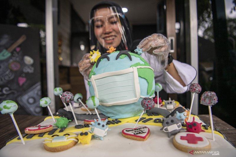 Kue Ulang Tahun Bermotif Virus Corona
