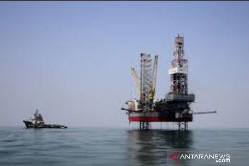Luhut pandjaitan yakinkan investor migas ekonomi Indonesia tumbuh positif 2021
