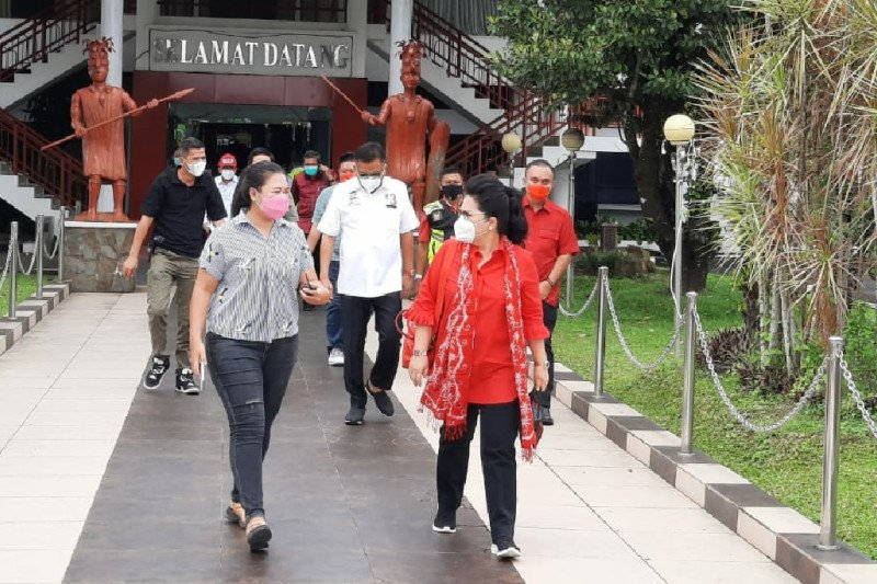 Solid bergerak, Rita Tamuntuan dukung penuh kunjungan Olly Dondokambey di Sangihe-Sitaro