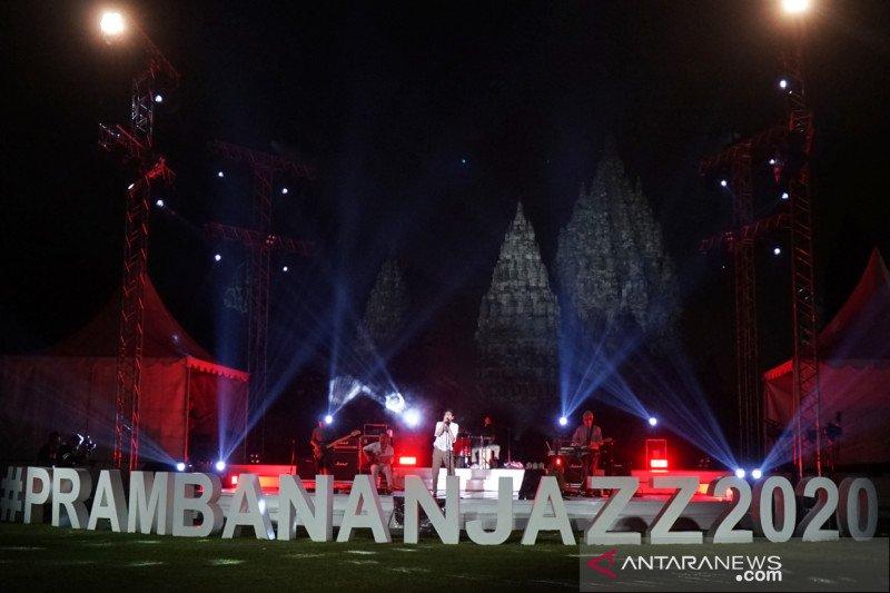 Sore ini, Ardhito Pramono hingga Yura Yunita tampil di Prambanan Jazz 2020