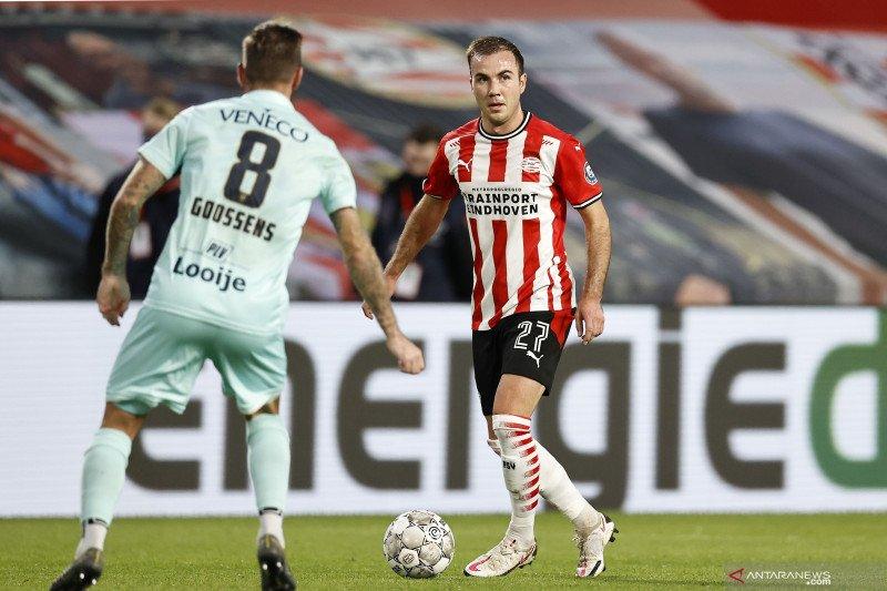 Pemain muda Noni Madueke antar PSV lumat ADO 4-0