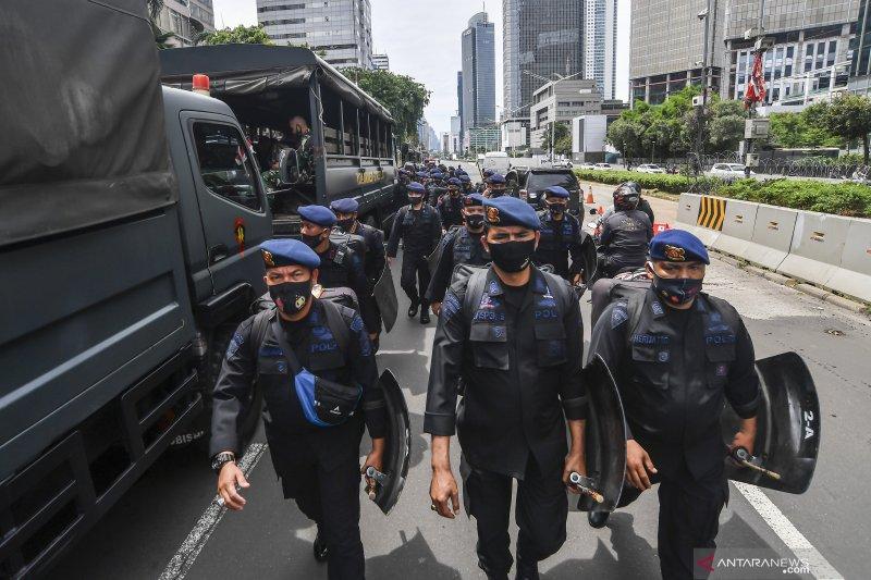 Polisi amankan pelajar bawa pistol mainan ke unjuk rasa