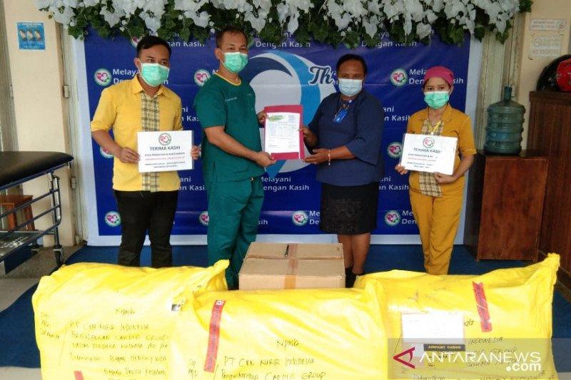 YPMAK bantu APD dan peralatan medis RS Kasih Herlina Timika