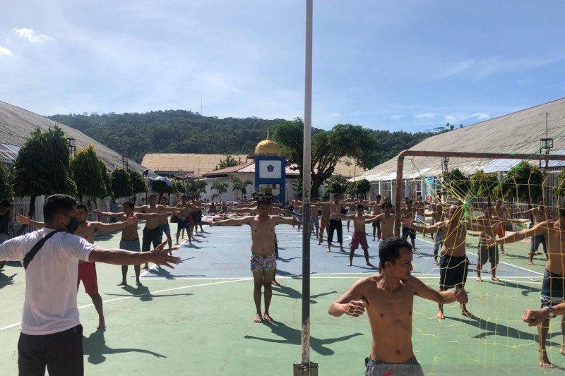 Lapas Padang giatkan olahraga bagi 40 warga binaan positif COVID-19