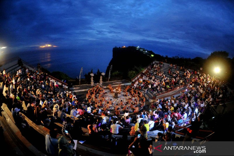 Wishnutama: Pelaku pariwisata berharap banyak dari liburan akhir tahun
