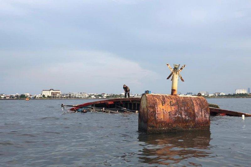 KM Mina Rejeki tenggelam di Muara Angke