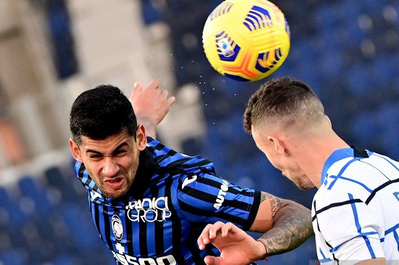 Duel biru-hitam antara Atalanta kontra Inter berakhir imbang 1-1