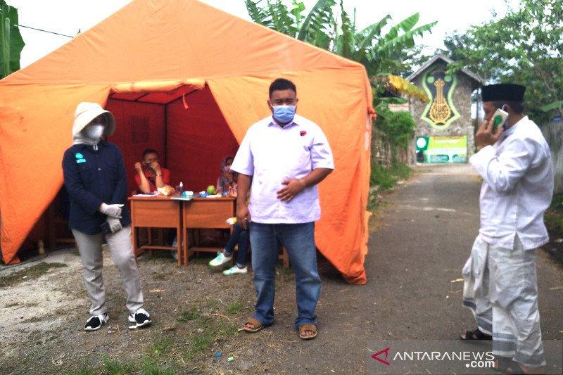 Tim Gugus Tugas Garut evakuasi santri positif COVID-19 ke rumah sakit