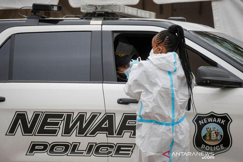 Kasus COVID-19 di Amerika Serikat terus menanjak, sudah lebih 11 juta