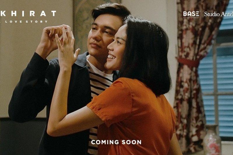 """Film """"Akhirat a Love Story"""" pamer dua foto """"first look"""""""