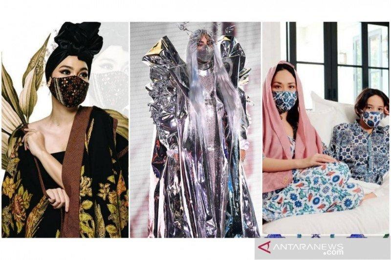 Inspirasi sejumlah desainer dan artis Indonesia tampil modis dengan masker