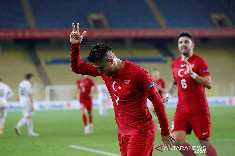 Turki  petik kemenangan pertama Nations League tekuk Rusia