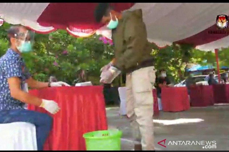 KPU Papua pastikan penyiapan sarung tangan sekali pakai setiapTPS