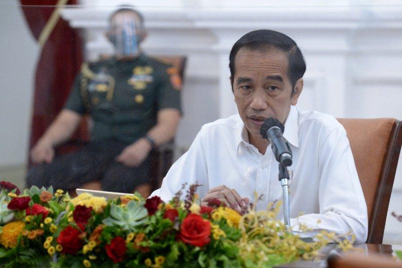 Jokowi minta Mendagri tegur kepala daerah tak beri contoh baik