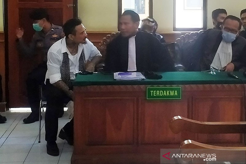 Jrx SID divonis satu tahun dua bulan penjara