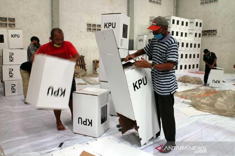 Pilkada Solo, KPU Surakarta rakit 2.522 kotak suara