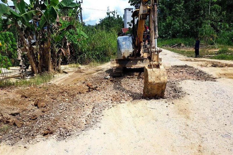 Dinas PUPR Barut perbaiki kerusakan Jalan Kandui-Ketapang