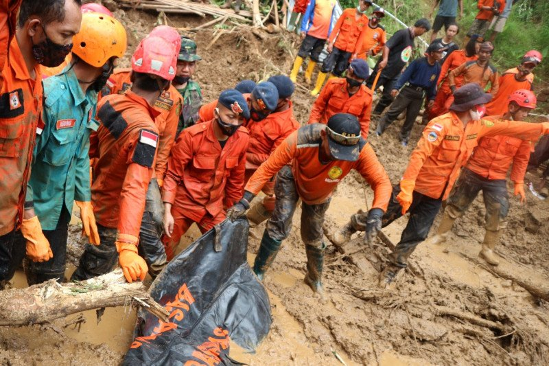 Basarnas: Seluruh korban longsor di Banyumas ditemukan
