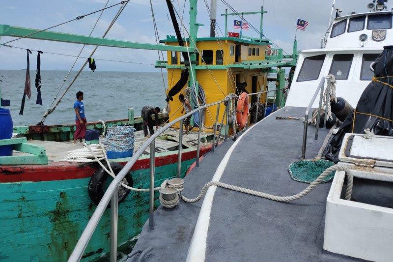 KKP  tangkap satu kapal ikan berbendera Malaysia di Selat Malaka