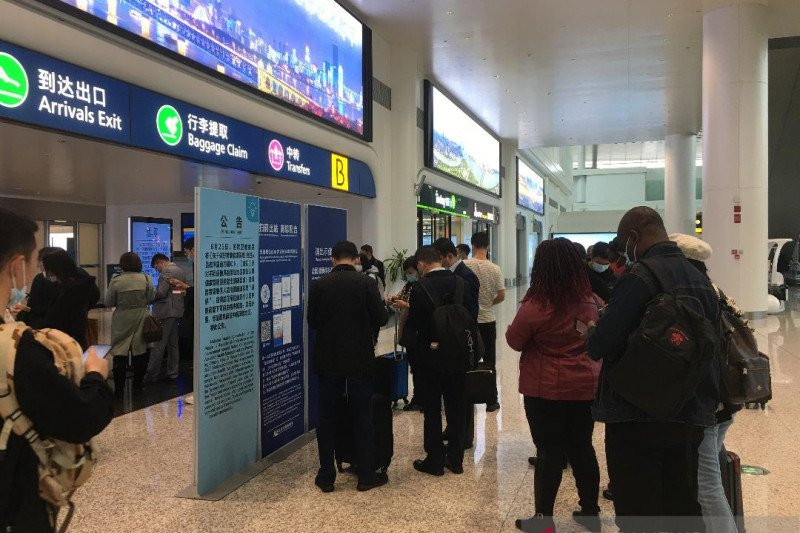 China tangguhkan sejumlah penerbangan asing termasuk dari Indonesia