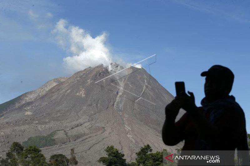 Aktivitas Gunung Sinabung Meningkat