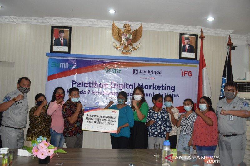Pelaku usaha di Kota Kupang dilatih pemasaran daring
