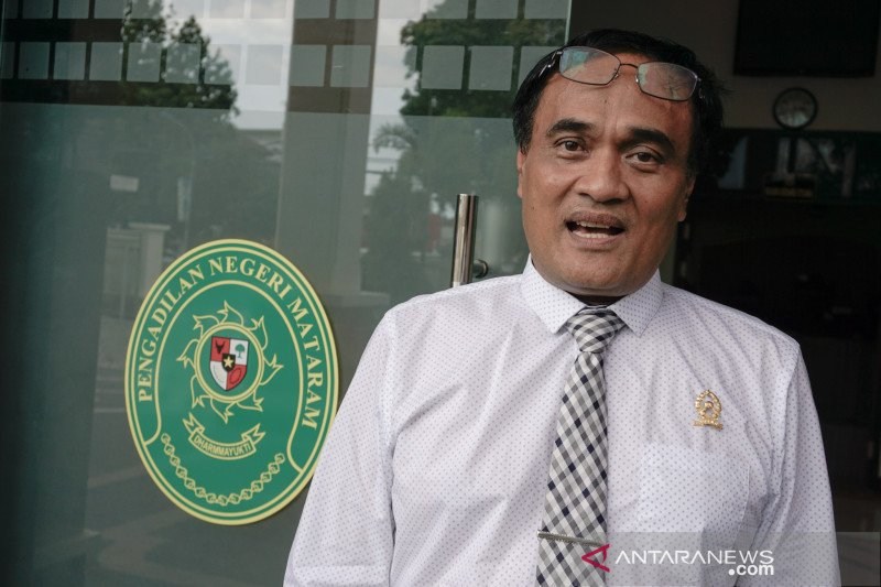 Pengadilan Mataram menyusun agenda persidangan korupsi sewa lahan menara
